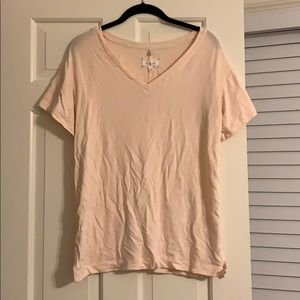NEW W TAGS lou and grey super soft v neck tee